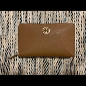 Tory Burch Camel & Gold Zipper Wallet 4 x 6.5